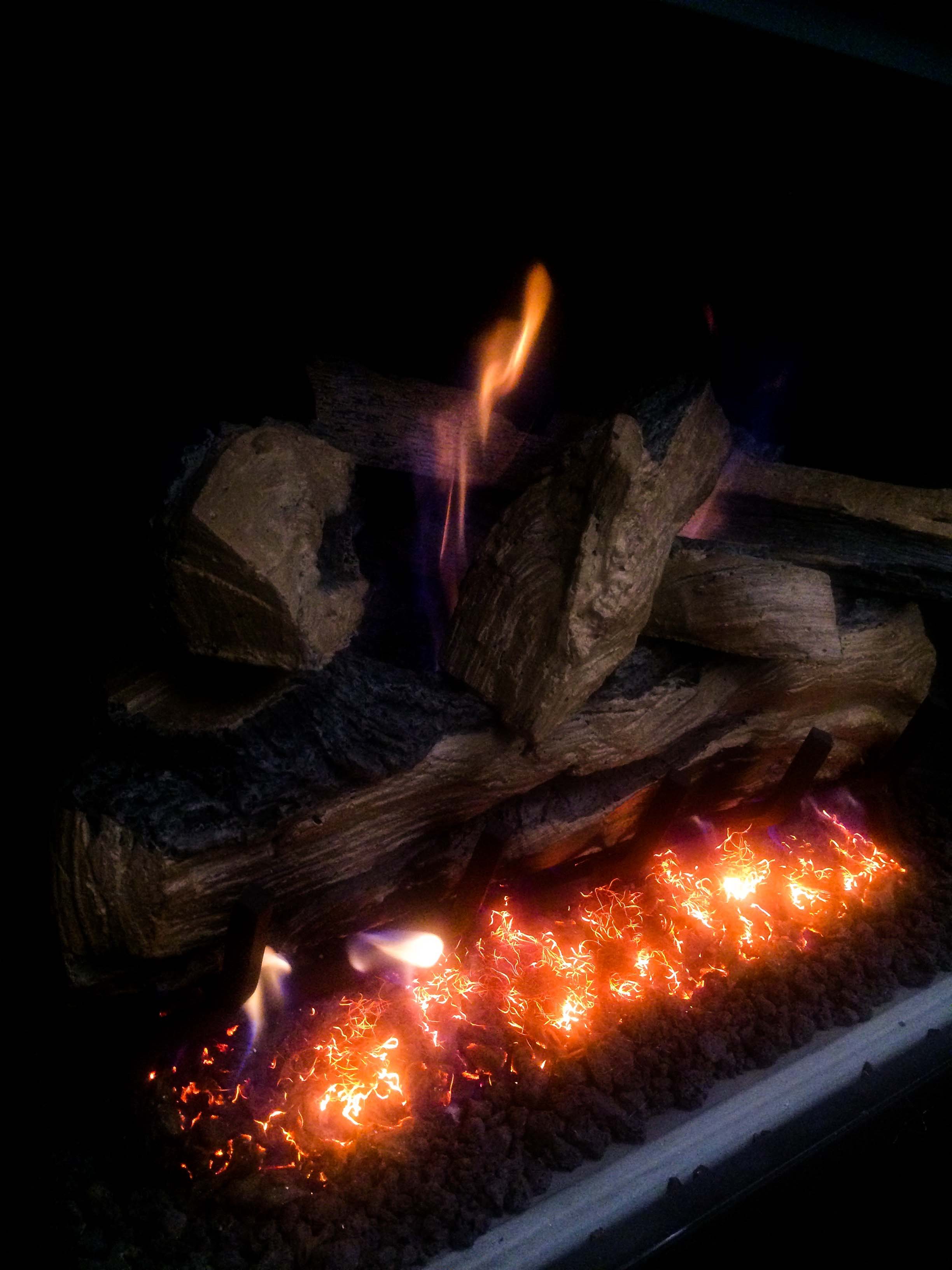 three reasons why i love my fireplace gas logs fireside outdoor