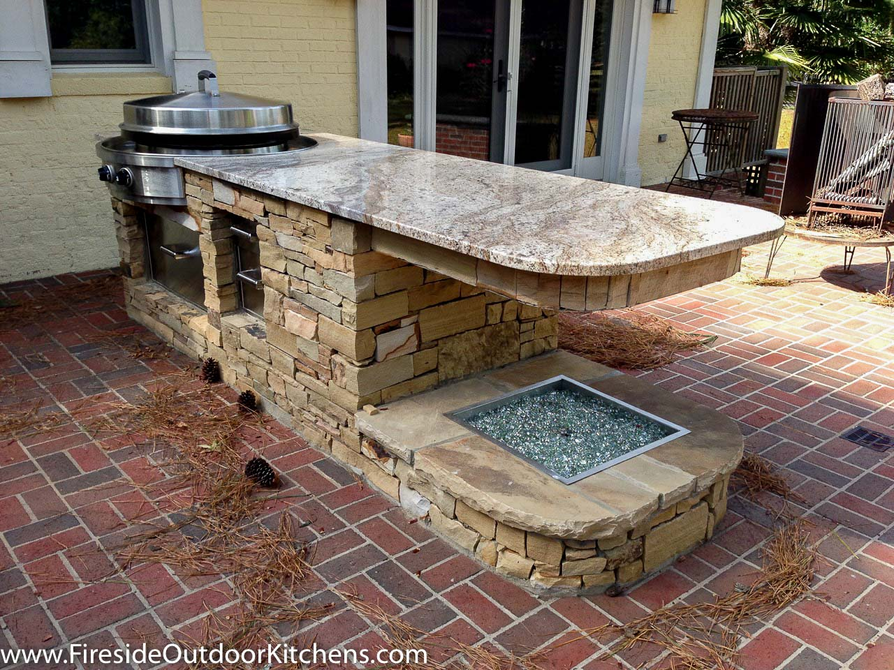 Outdoor Kitchen Pictures And Ideas What Fire Pit Is Right For You Fireside Outdoor Kitchens