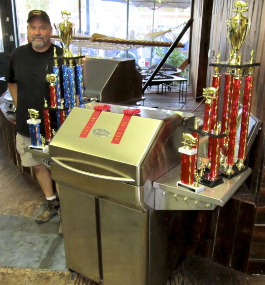 Jim Burg Team Killer B's Top 5 USA KCBS using Memphis Grills