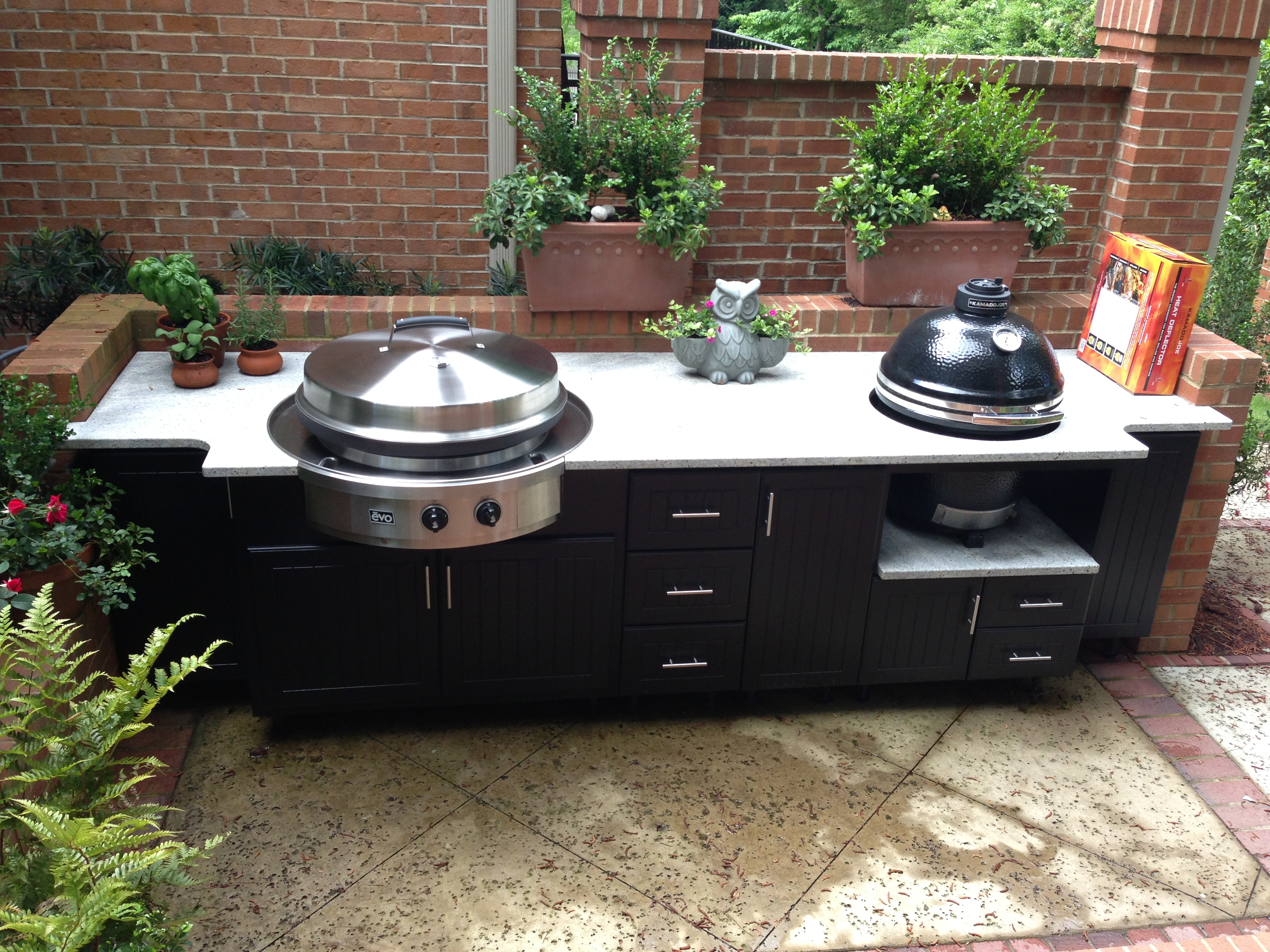 Outdoor cabinets 101 fireside outdoor kitchens for Outdoor grill cabinet design
